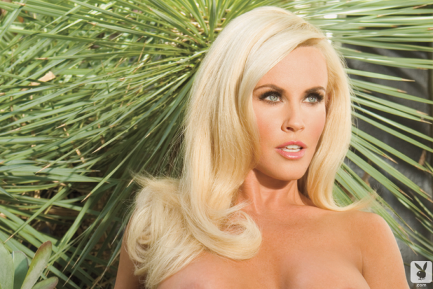 jenny-mccarthy-in-playboy-photo.png