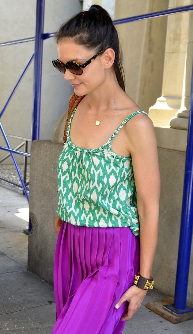 Katie Holmes, Pants