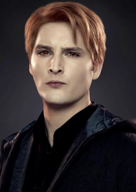 Peter Facinelli as Carlisle