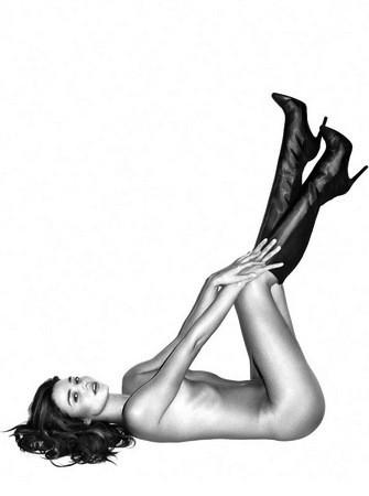 Naked Miranda Kerr