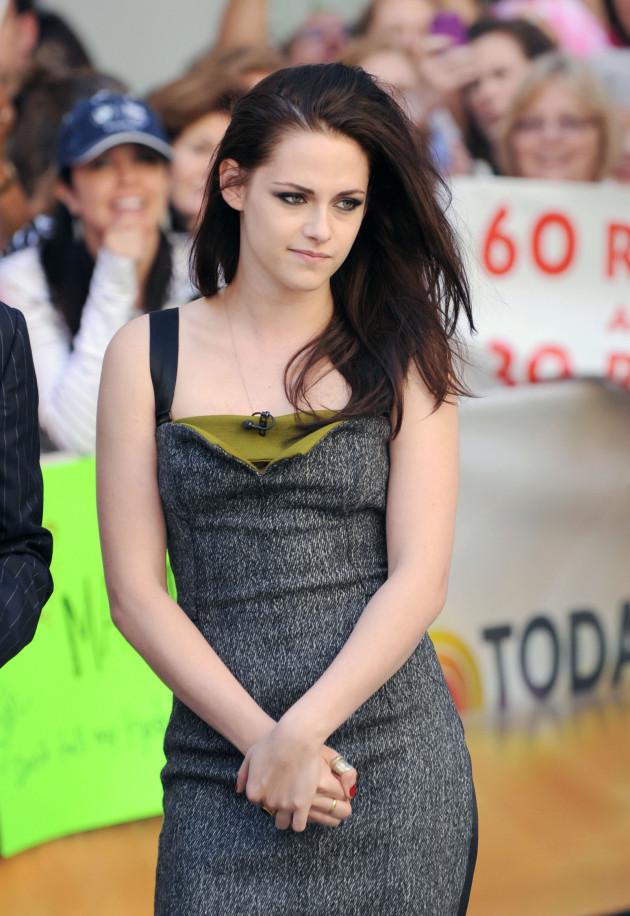 Kristen Stewart in Public