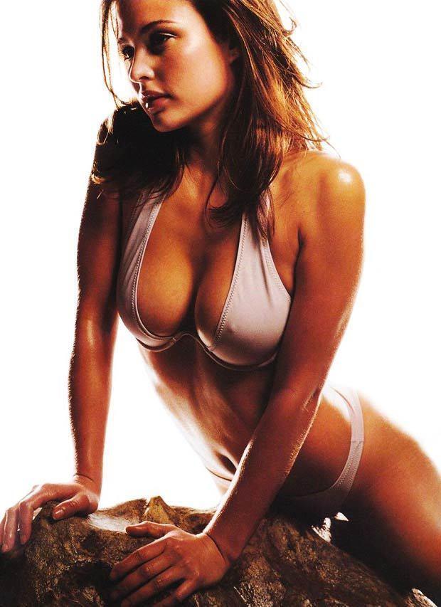 Josie Maran Bikini Picture