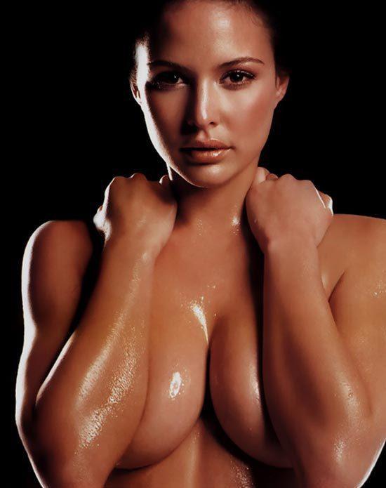 Josie Maran Nude