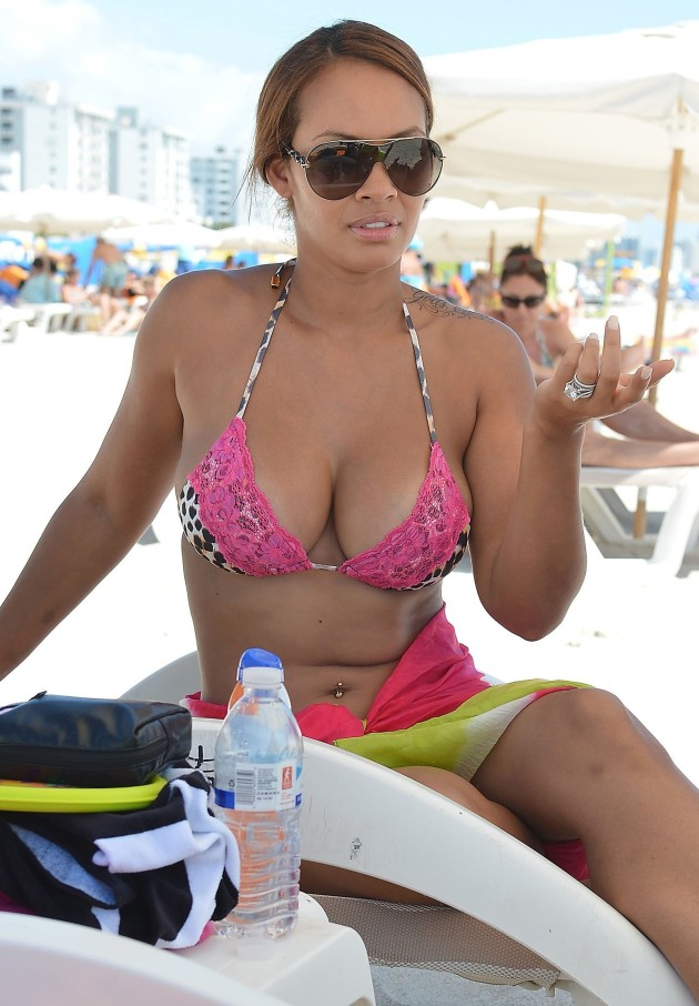 Evelyn Lozada Bikini Photo