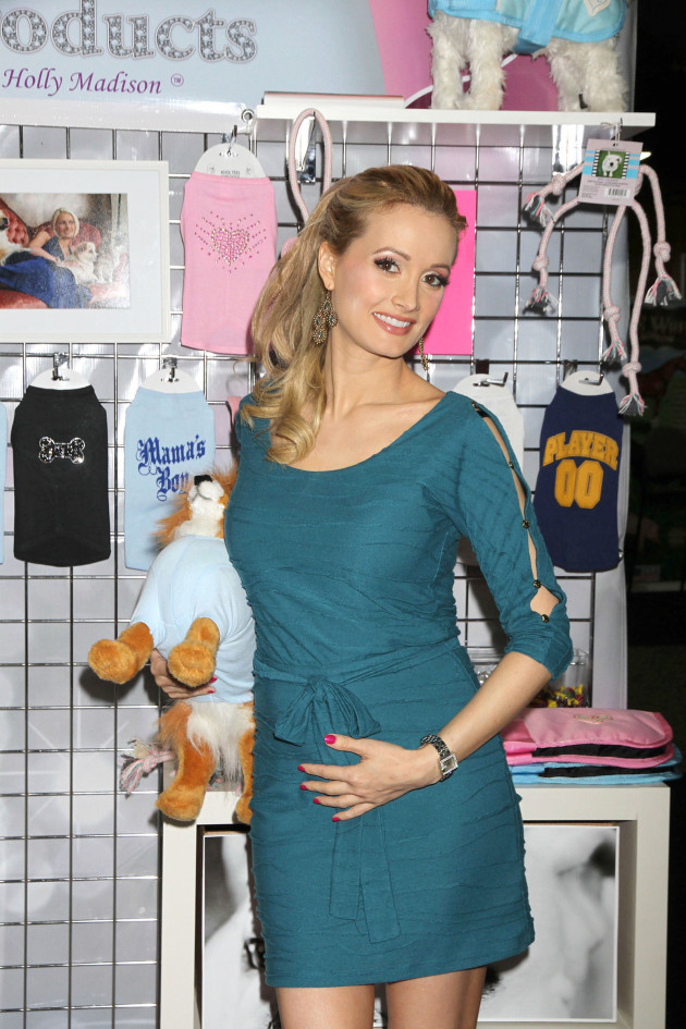 Holly Madison Pregnant Pic