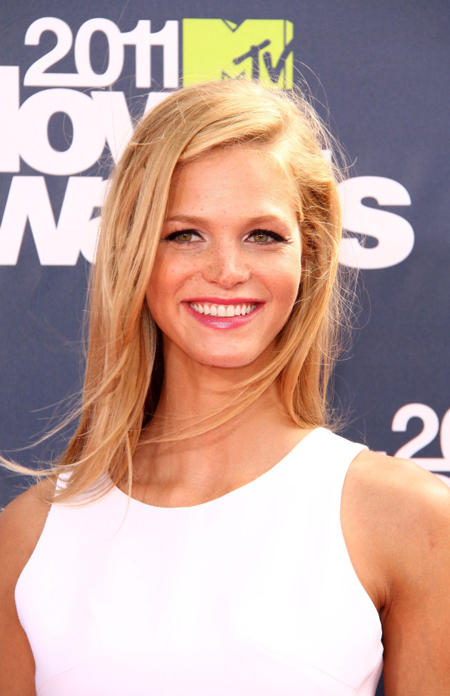 Erin Heatherton Photo