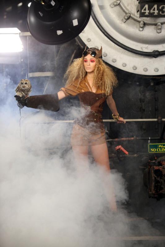 Scary Tyra Banks