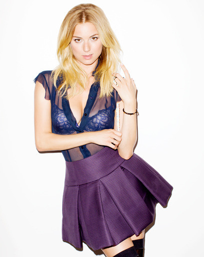 Emily VanCamp: Beautiful