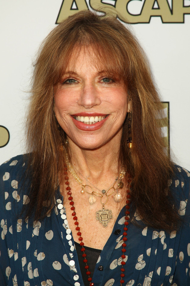 Carly Simon Photo