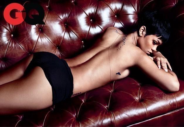 Rihanna Topless Image