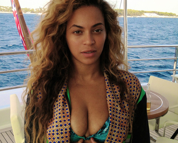 Beyonce Bikini Photo