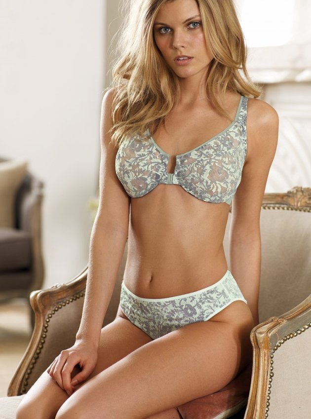 Maryna Linchuk Lingerie Photo