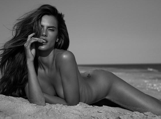 Alessandra Ambrosio Nude