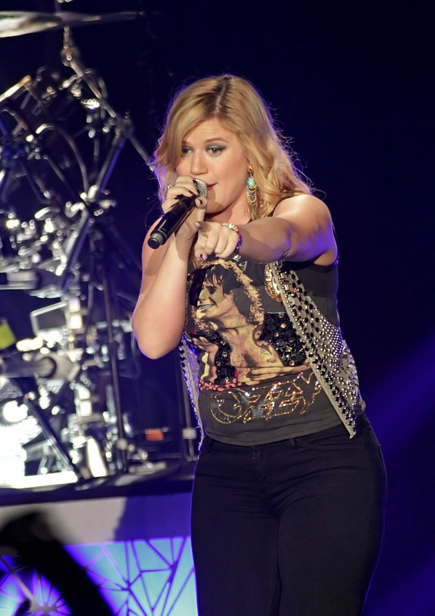 Kelly Clarkson in England