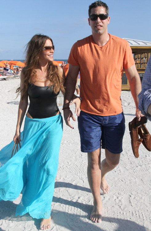 Sofia Vergara and Nick Loeb Picture