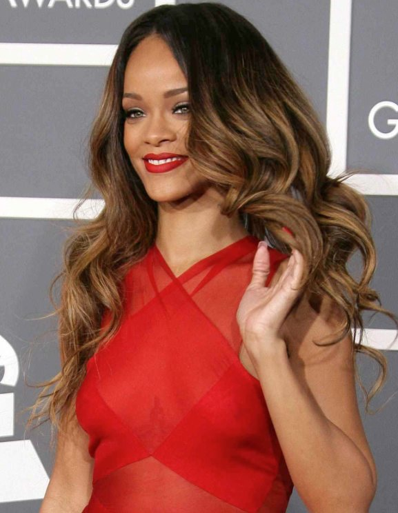 Rihanna at the Grammys 2013