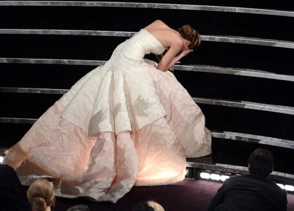 Jennifer Lawrence Falls