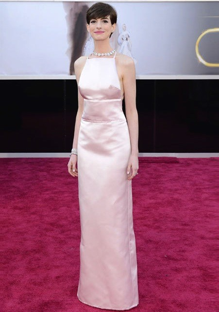 Anne Hathaway Oscars Dress 2013
