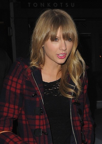 Taylor Swift on the Street