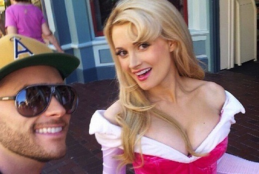 Holly Madison Cleavage, Boyfriend