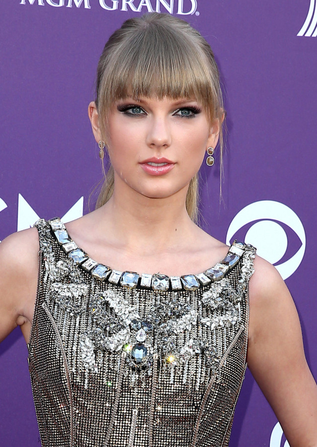 Taylor Swift, Dark Eyeshadow