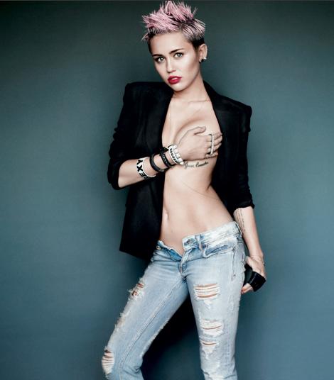 Miley Cyrus, Breast