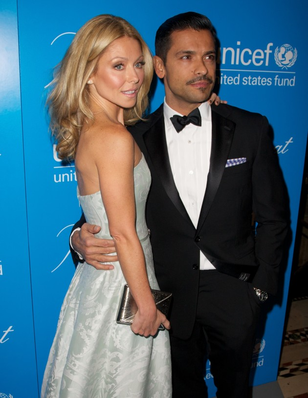 Kelly Ripa and Mark Consuelos Photograph