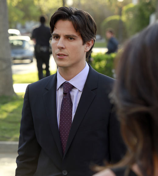 Sean Faris Debuts on Pretty Little Liars