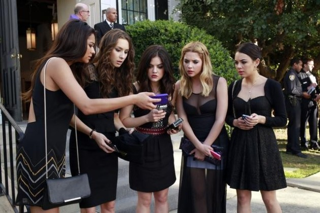Pretty Little Liars Premiere Scene