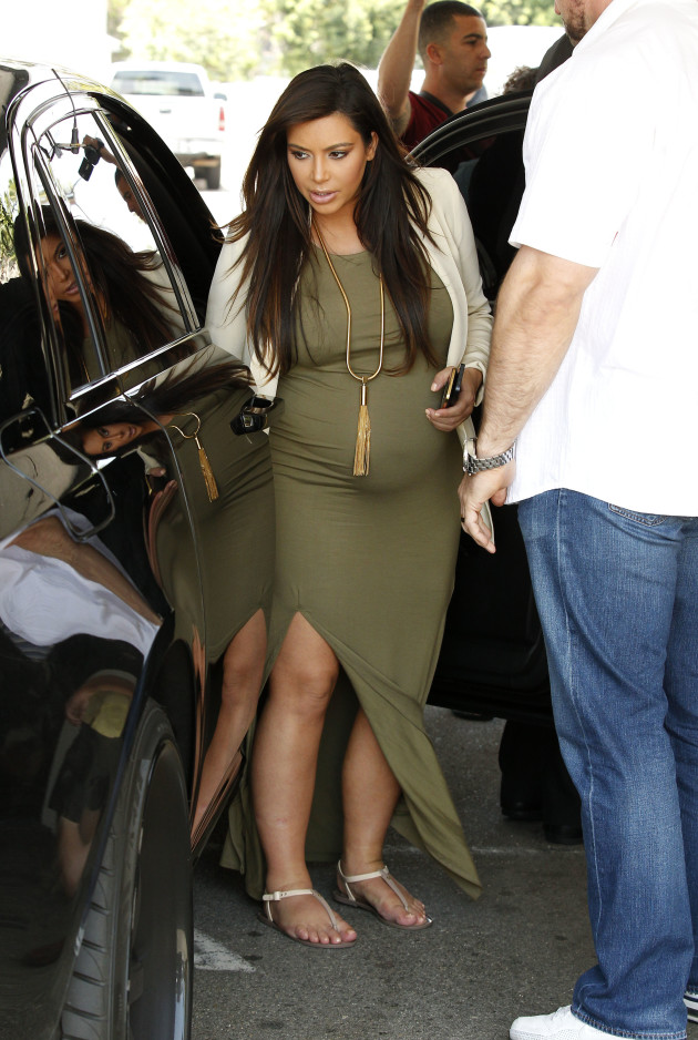 Kim Kardashian in Pregnant Dress