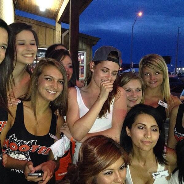 Kristen Stewart at Hooters