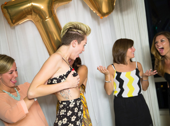 Miley Cyrus Wardrobe Malfunction Photo