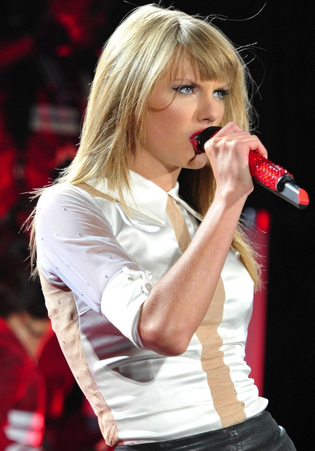 Taylor Swift Live Pic