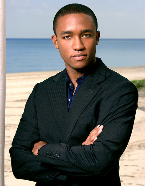 Lee Thompson Young Picture