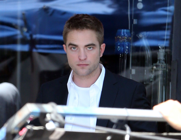 Robert Pattinson on the Set