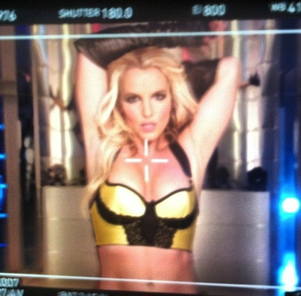 Britney Spears Photo: Work Bitch!