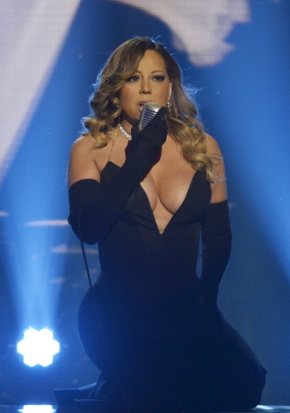 Mariah Carey Shows MAJOR Cleavage