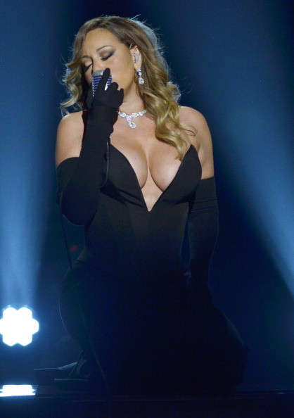 Mariah Carey Boobs Alert
