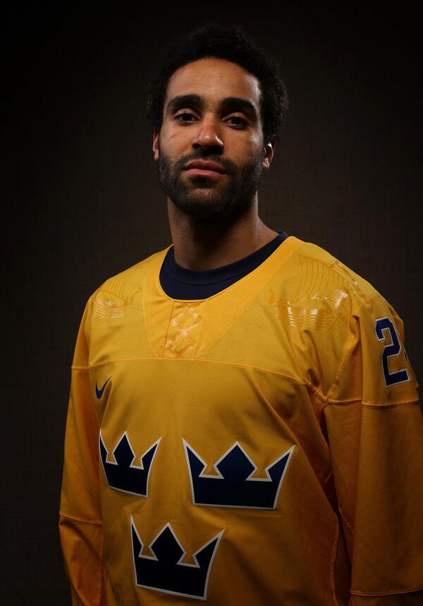 Johnny Oduya, Olympics Hottie