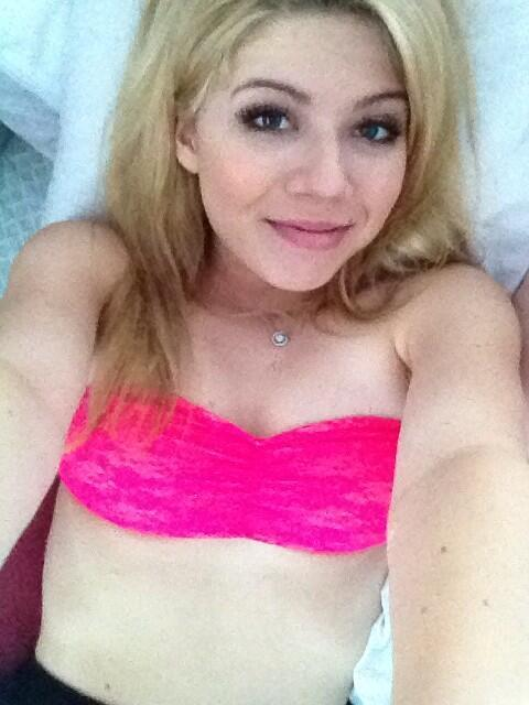 Racy Jennette McCurdy Picture