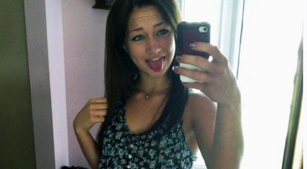 Rachel Canning Selfie