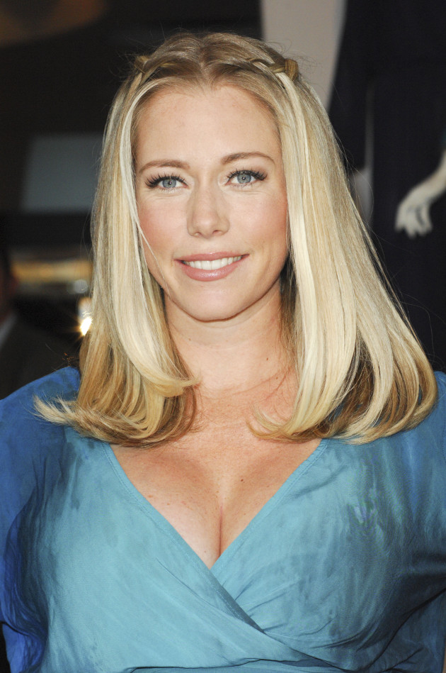 Kendra Wilkinson Pregnant Photo