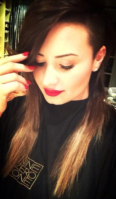 Demi Lovato Hair Pic