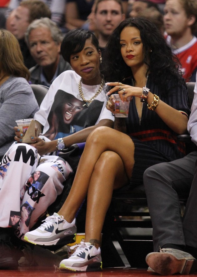 Rihanna Lakers Game Image