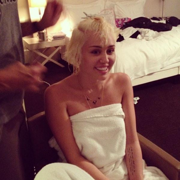 Miley Cyrus Haircut Photo