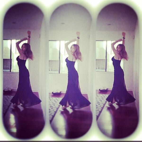 Jennette McCurdy Selfies