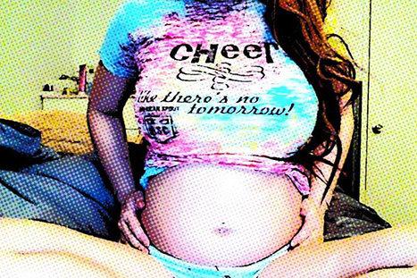 Tila Tequila Baby Bump Selfie