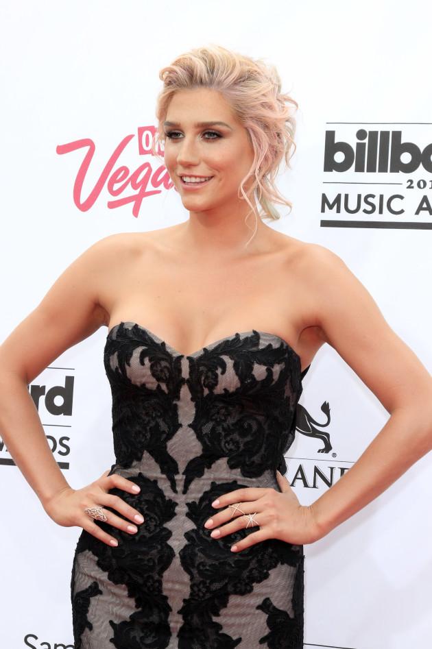 Kesha: Hot at the Billboard Awards