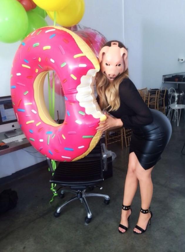 Khloe Kardashian as a Pig