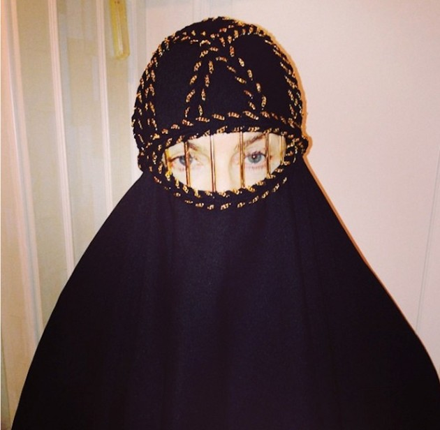 Madonna Burqa Photo
